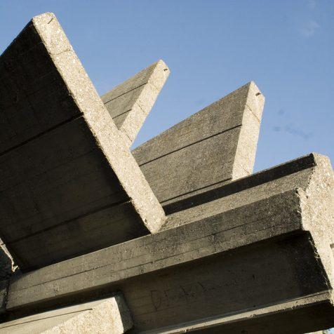 """U Kninu danas i sutra """"Demokratizacija kulture sjećanja"""" – tribina s građanima o spomenicima u njihovoj sredinigall-1"""