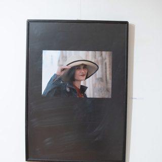 U šibenskoj knjižnici izloženi foto portreti Šibenčana i prolaznika; Među autorima i članovi Foto kluba Kningall-2