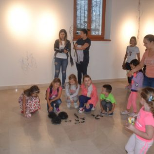 Foto: Održano predstavljanje slikovnice i otvorena izložba instalacijagall-3