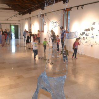 Foto: Održano predstavljanje slikovnice i otvorena izložba instalacijagall-13