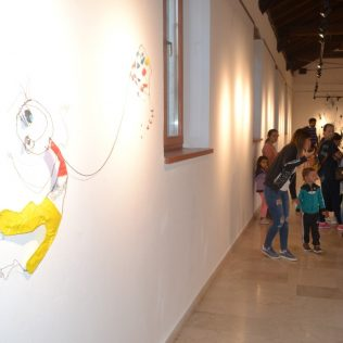 Foto: Održano predstavljanje slikovnice i otvorena izložba instalacijagall-15
