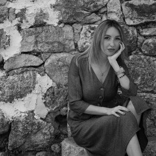 "Foto session: ""U starom Kninu""; Model: Slađana Sovićgall-4"