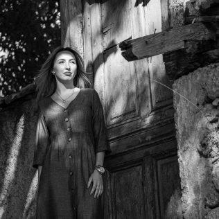 "Foto session: ""U starom Kninu""; Model: Slađana Sovićgall-7"