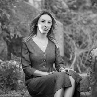 "Foto session: ""U starom Kninu""; Model: Slađana Sovićgall-13"