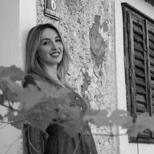 "Foto session: ""U starom Kninu""; Model: Slađana Sovićgall-15"
