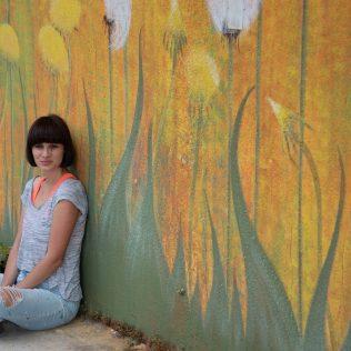 Na inicijativu Grada umjetnica Amanda Tica oslikala motoričke staze ispred školagall-12
