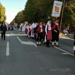 Kninjani na Vinkovačkim jesenima ispraćeni velikim pljeskomgall-1