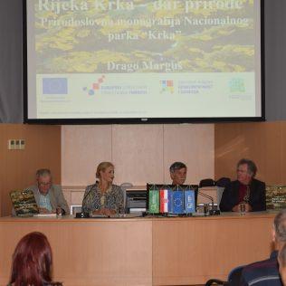 """Predstavljena monografija NP Krka """"Rijeka Krka: dar prirode""""gall-3"""