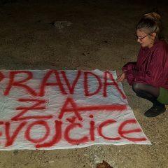 Za vrijeme koncerta umjetnice slikale i poslale poruku – Pravda za djevojčicegall-6