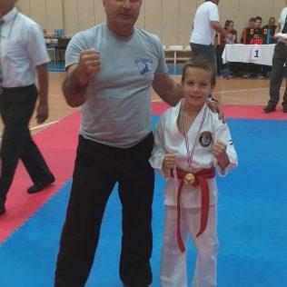 Četiri medalje Karate kluba Tigar u Dalmatinskoj karate ligigall-3