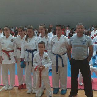 Četiri medalje Karate kluba Tigar u Dalmatinskoj karate ligigall-1