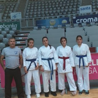 Četiri medalje Karate kluba Tigar u Dalmatinskoj karate ligigall-2