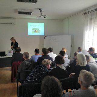 U Kninu započele edukacije za nezaposlene osobe: Naučit će sve o uzgoju i preradi ljekovitog biljagall-2
