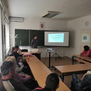 U Kninu započele edukacije za nezaposlene osobe: Naučit će sve o uzgoju i preradi ljekovitog biljagall-4