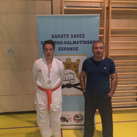 Tri medalje za Karate klub Tigar na Dalmacija Openugall-1