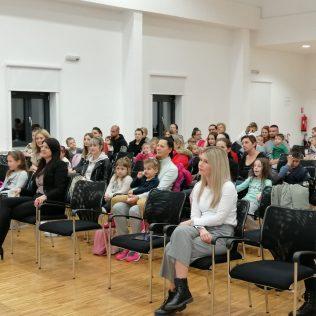 """Predstavljena slikovnica Čarobnog svijeta i NP Krka """"Čarolija s Krkom""""gall-6"""