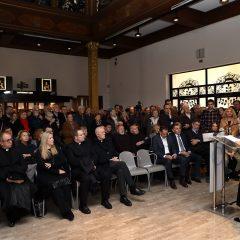 NP Krka: Otvorena izložba Visovac, duhovnost i kultura na Biloj stinigall-0