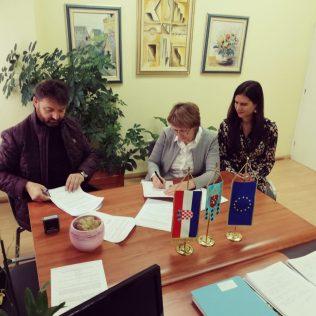 Potpisan Ugovor za radove energetske obnove Doma za starije i nemoćne osobe Knin vrijedan preko 3,5 milijuna kuna!gall-2