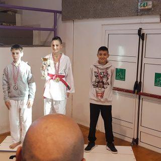 Pet bronci Karate kluba Knin u Dalmatinskoj ligigall-0