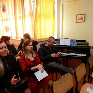 "Održana Početna konferencija projekta ""Poticanje darovitosti Lovre Montija""gall-4"