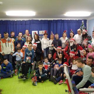 Članovi MK Stormriders darivali djecu iz UOSI Sveti Bartolomejgall-3