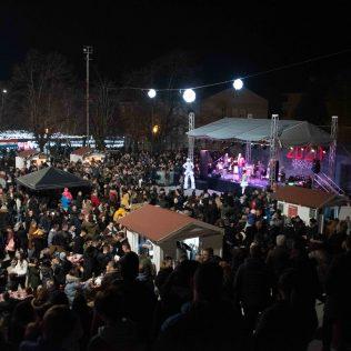 Krenulo je! Odličnim koncertom Vatre započeo Advent u Kninu 2019.gall-5