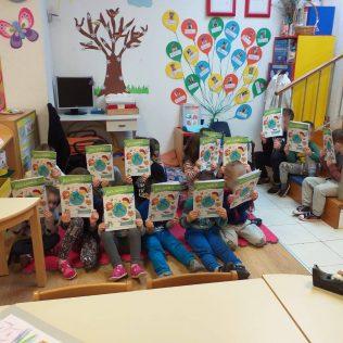 Podjelom igračaka i tiskanih materijala završava projekt 'Eko regija'gall-9