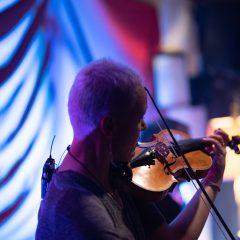 Foto galerija: Adrian i Katalin svirali su jazz, Amanda i Jelena stvarali slike uživo, a Milan i Jasna plesali tangogall-9