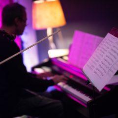 Foto galerija: Adrian i Katalin svirali su jazz, Amanda i Jelena stvarali slike uživo, a Milan i Jasna plesali tangogall-18
