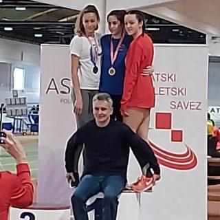 Daniela Jelić kadetska prvakinja Hrvatske u skoku u dalj i u sprintugall-2