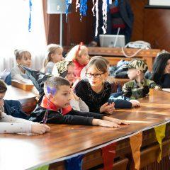 Foto: Maškare preuzele vlast: Novoizabrani gradonačelnik obećao čokoladnu kišu i bazengall-9