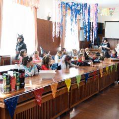 Foto: Maškare preuzele vlast: Novoizabrani gradonačelnik obećao čokoladnu kišu i bazengall-13