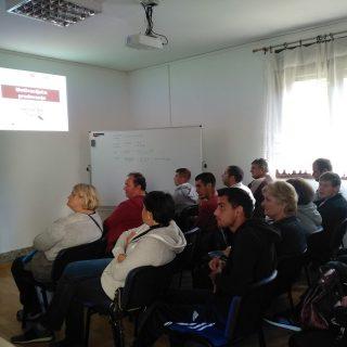 Projekt 'Ja želim raditi': U Kninu održana motivacijska predavanja za nezaposlenegall-1