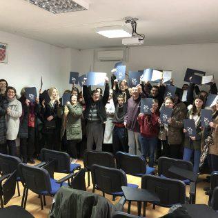 Projekt 'Ja želim raditi': Dodijeljene diplome polaznicima osposobljavanja za rad na uzgoju i preradi ljekovitog biljagall-3