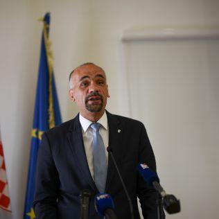 Ministar Ćorić u Kninu: Izglasavanje Zakona o Parku prirode Dinara u ranu jesengall-1
