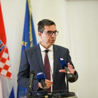 Ministar Ćorić u Kninu: Izglasavanje Zakona o Parku prirode Dinara u ranu jesengall-4
