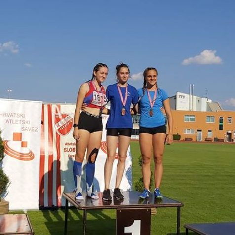 Daniela Jelić kadetska prvakinja Hrvatske na 60 metaragall-0