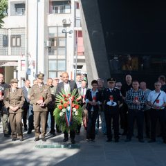 Foto: Knin danas slavi svoj dan – blagdan sv. Ante, zaštitnika gradagall-0