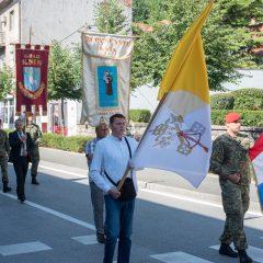 Foto: Knin danas slavi svoj dan – blagdan sv. Ante, zaštitnika gradagall-11