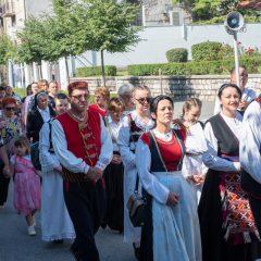 Foto: Knin danas slavi svoj dan – blagdan sv. Ante, zaštitnika gradagall-33