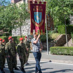 Foto: Knin danas slavi svoj dan – blagdan sv. Ante, zaštitnika gradagall-48