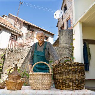 Mladi Kninjani posjetili košarača u Žagroviću i upoznali se sa starim zanatomgall-2