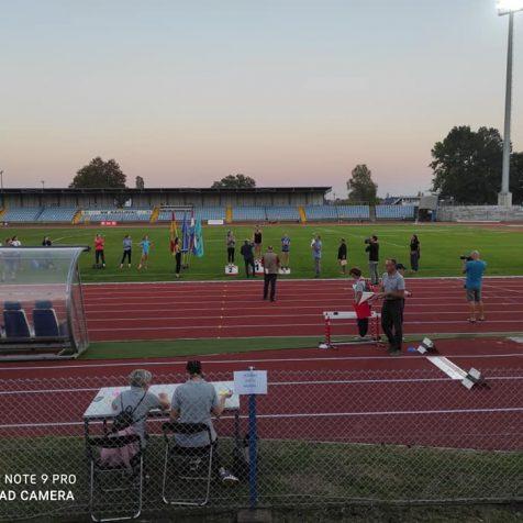Međunarodni miting u Karlovcu: Marko prvi, Danijela treća među seniorkamagall-1