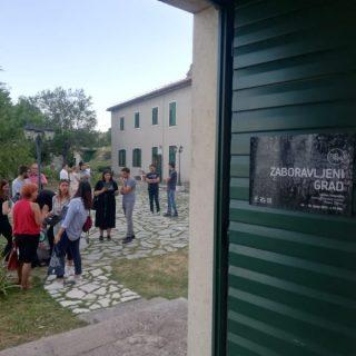 """Otvorena izložba """"Oko Knina – Zaboravljeni grad""""gall-0"""