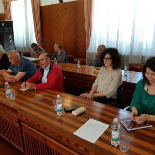 Na sastanku poljoprivrednika i europarlamentarke Petir u Kninu izneseno puno problema, ali i prijedloga za njihovo rješavanjegall-4