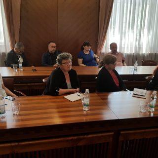 Na sastanku poljoprivrednika i europarlamentarke Petir u Kninu izneseno puno problema, ali i prijedloga za njihovo rješavanjegall-3