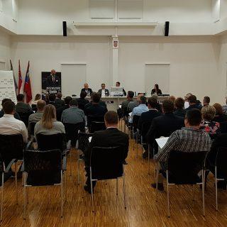 U Kninu započeo Nacionalni susret nezavisnihgall-4