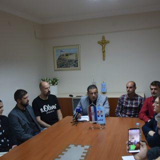"""Na konferenciji za novinare HDZ-a o 'neraspoređivanju' četvero djelatnika: """"To je politička odmazda""""gall-1"""