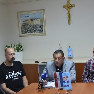 """Na konferenciji za novinare HDZ-a o 'neraspoređivanju' četvero djelatnika: """"To je politička odmazda""""gall-0"""