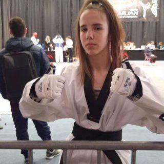 Stopama sestre olimpijke: Ivona Jelić europska klupska prvakinja!gall-4